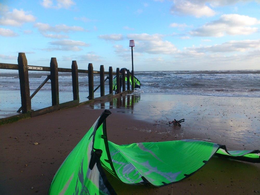 Kite Surfing, Kite Rescued. (3/4)