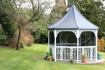 A pretty summerhouse