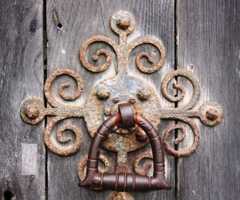 Salisbury knocker