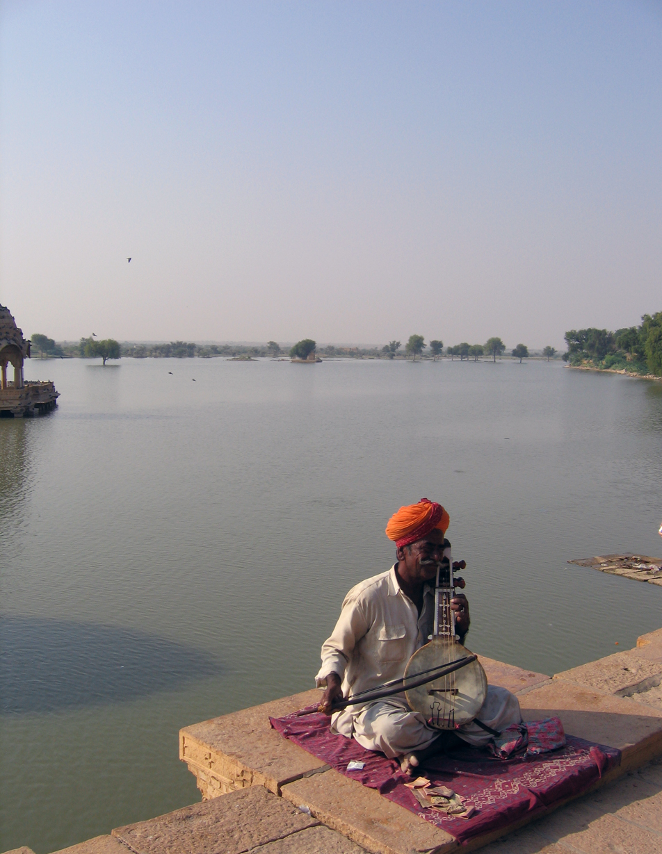 Gadisar Lake, we paddled around there very early in the morning, it would have been unbearable later in the day
