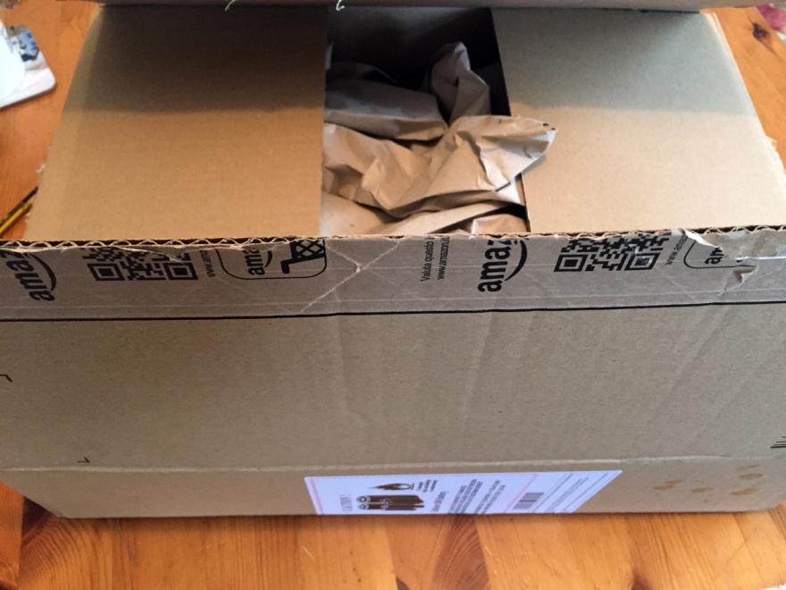 A 40 x 30 x 11 centimetre box