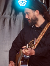 Joss Stone's guitarist